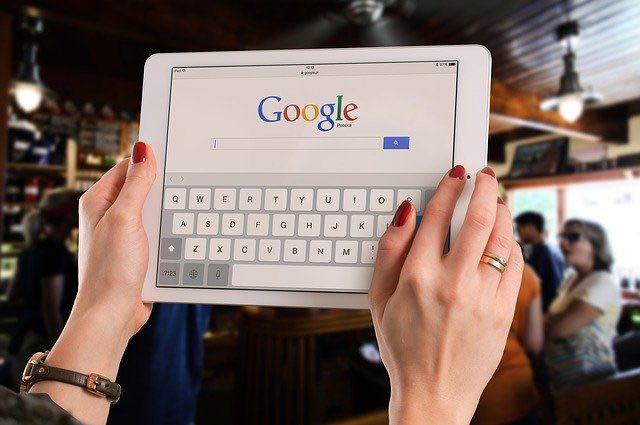 Être premier sur Google : pourquoi et comment y parvenir?